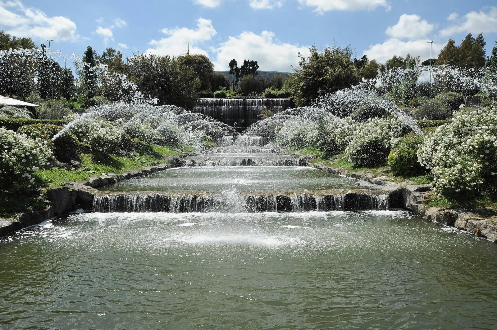 Cascata Da Giardino Moderna : Giardino delle cascate all eur u roma aeterna official