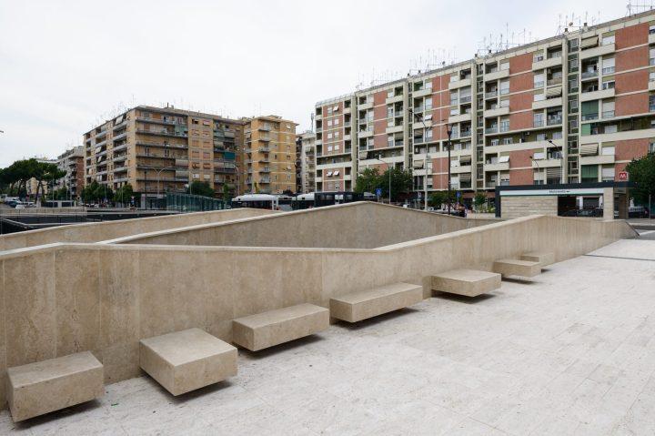 Piazza Roberto Malatesta esterni