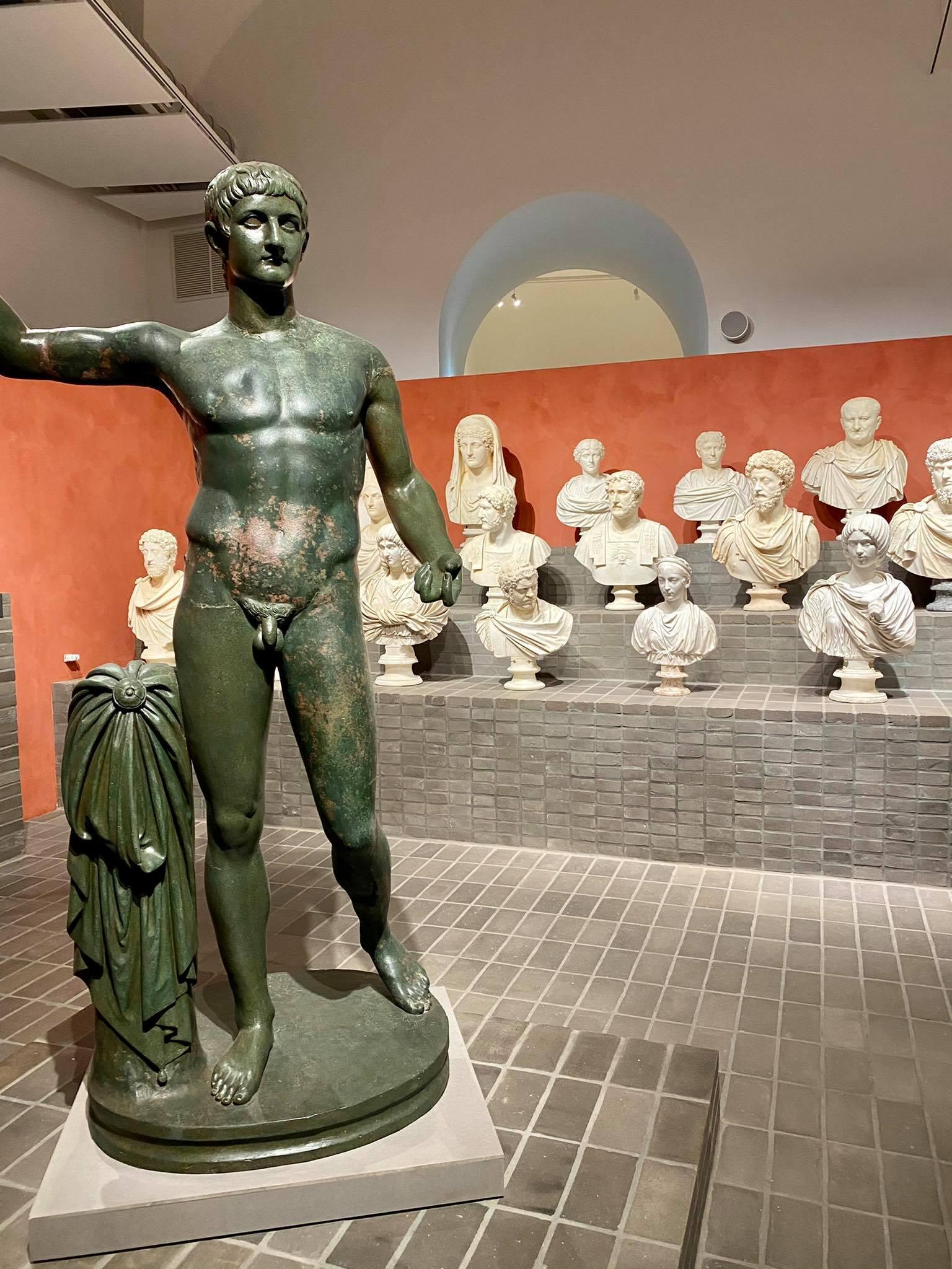 Statua di bronzo Germanico Torlonia.